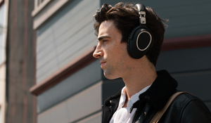 Incredible noise-cancelling Sennheiser PXC 550 Wireless headphones worth a staggering AED1,499